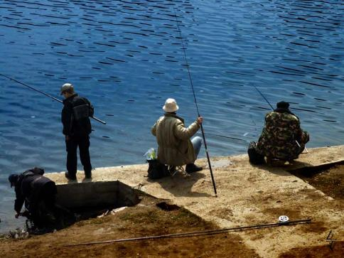 рыбаки в море краснодарский край